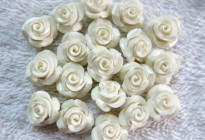 10mm synthetic stone flower beads