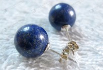 12mm Natural lapis lazuli round beaded earrings